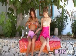 Two russian sapphic girls dildoing